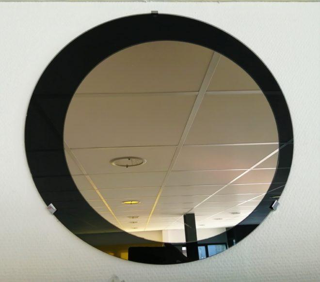 Miroir bronze sur verre laqué noir