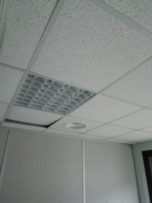 dalles de faux plafond 60x60 avec rails & suspentes