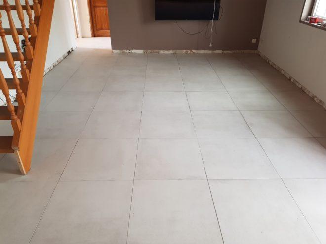 15 m2 de carrelage blanc grisé
